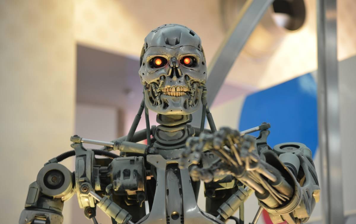 Intelligence Artificielle Agent Immobilier Terminator Pas Aujourdhui